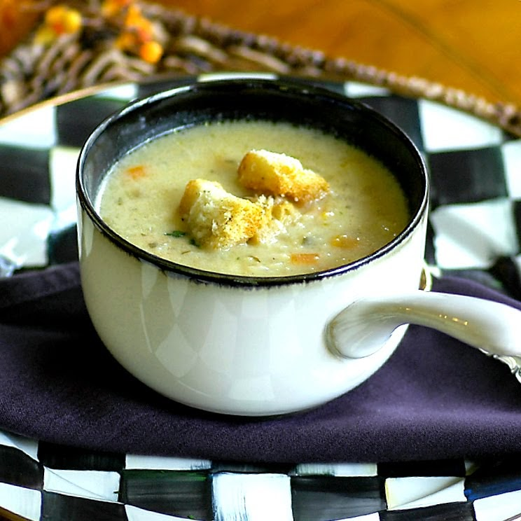 Cauliflower Soup with Parmesan Croutons