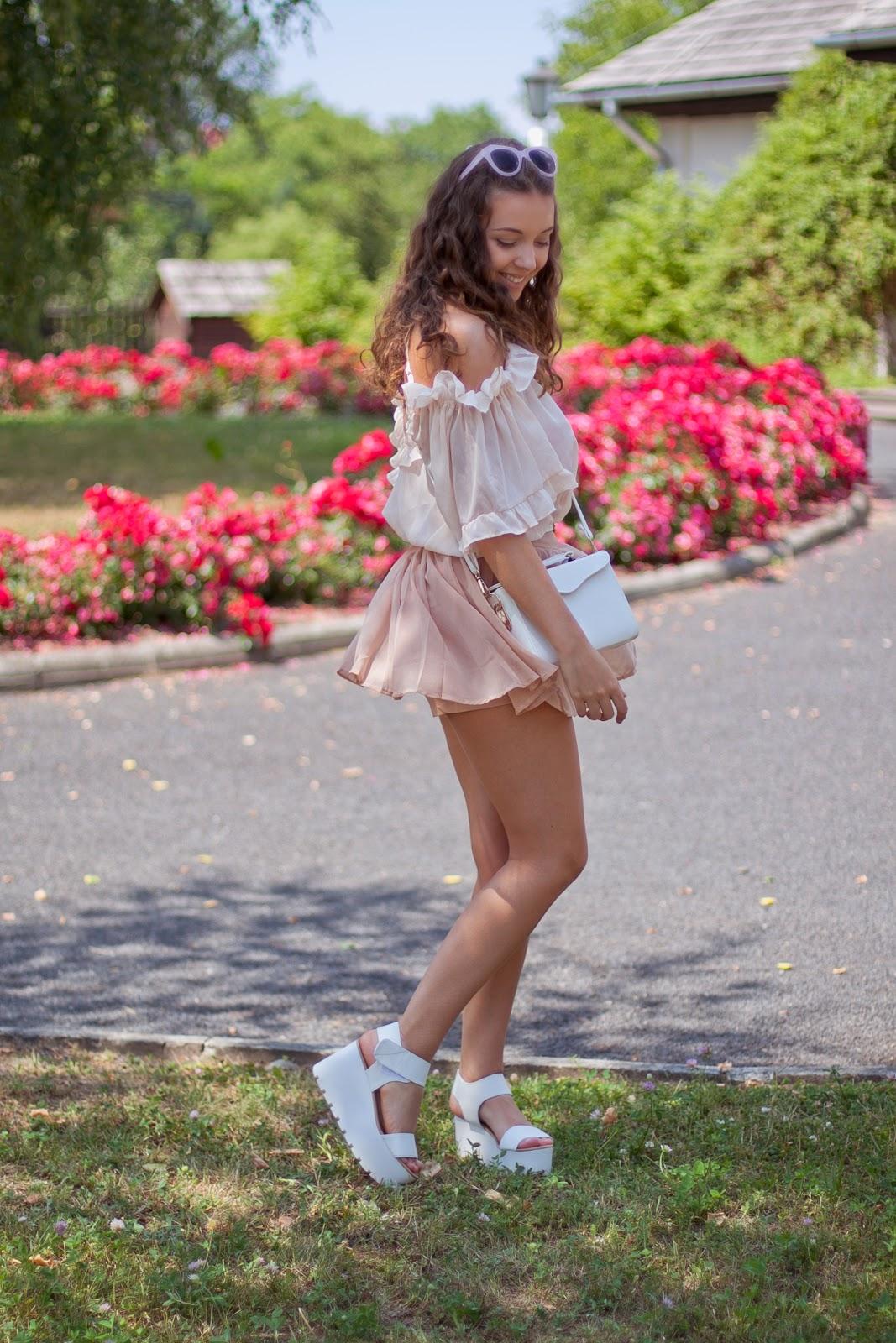 białe sandały na platformie buty papilion