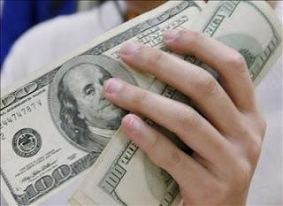 condutas perante o dinheiro
