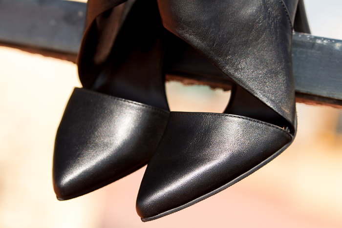 Leather Pointed toe