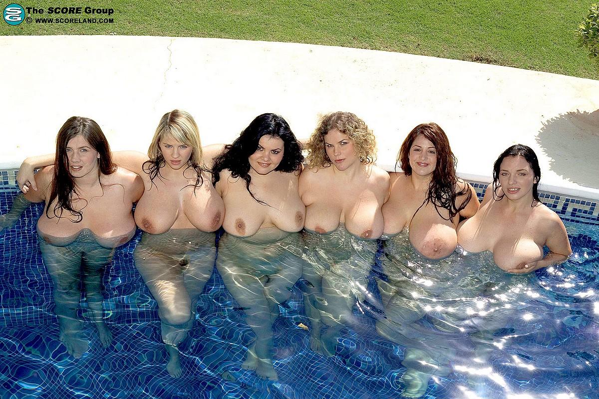 Самые толстыеголые девушки мира 22 фотография