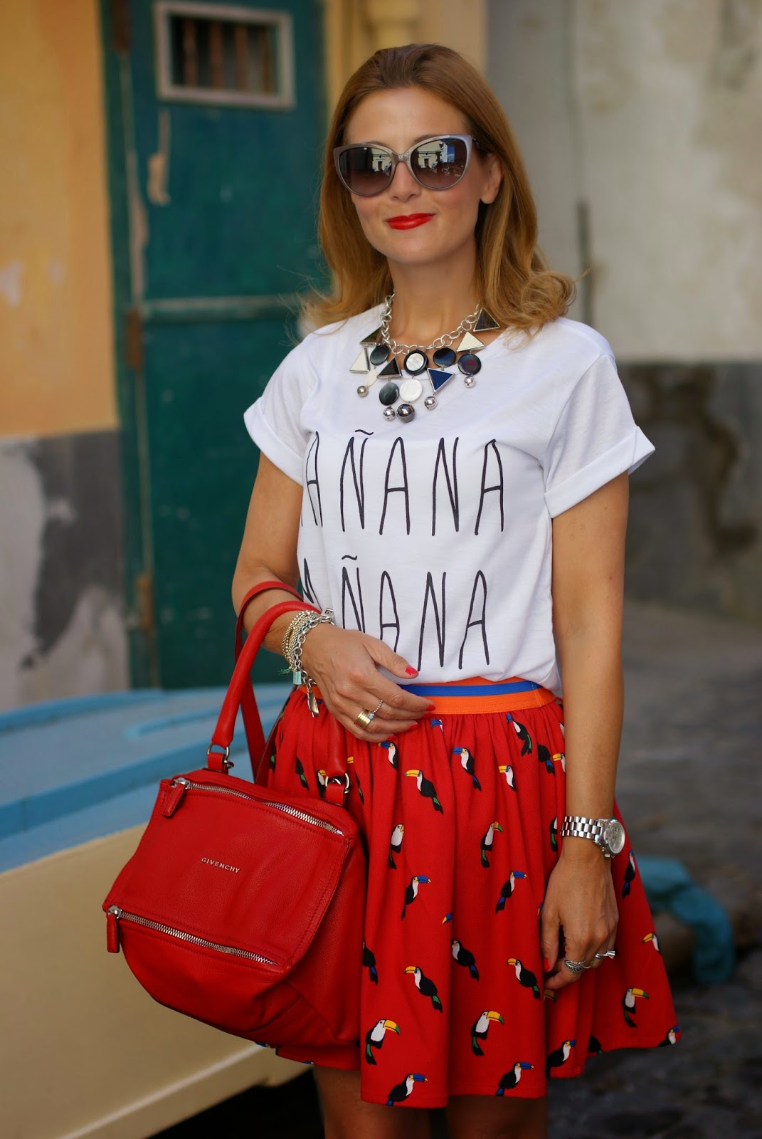 Vitti Ferria Contin necklace, manana t-shirt, parrots print skirt, Givenchy Pandora in red, Fashion and Cookies, fashion blogger