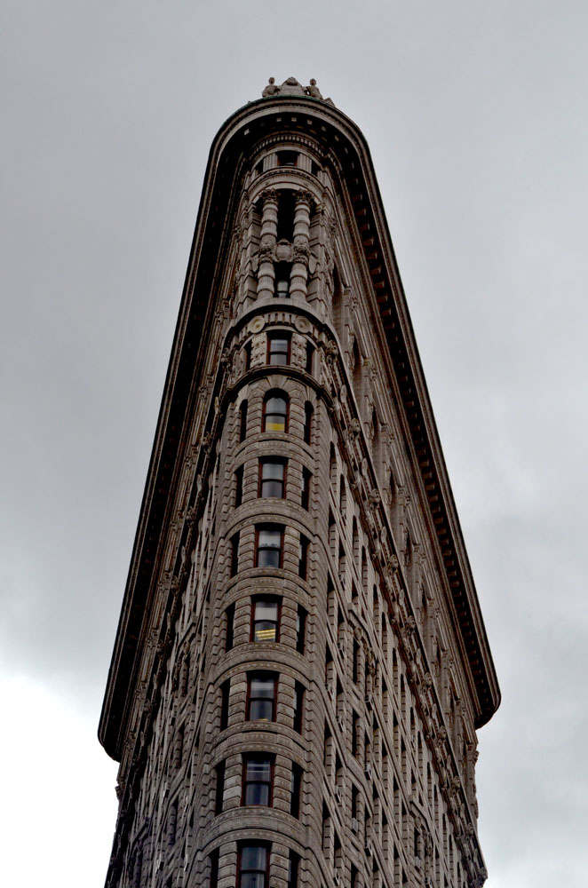 notable buildings in nyc New york city is home to one of the country's most famous skylines and anthony malkin the city is known as a mecca for business, industry, and tourism due to.