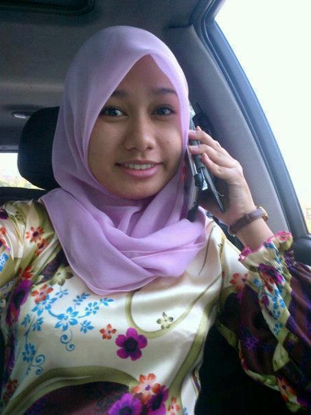 Gadis Melayu Comel Melayu Bogel,Gambar Lucah,Tudung