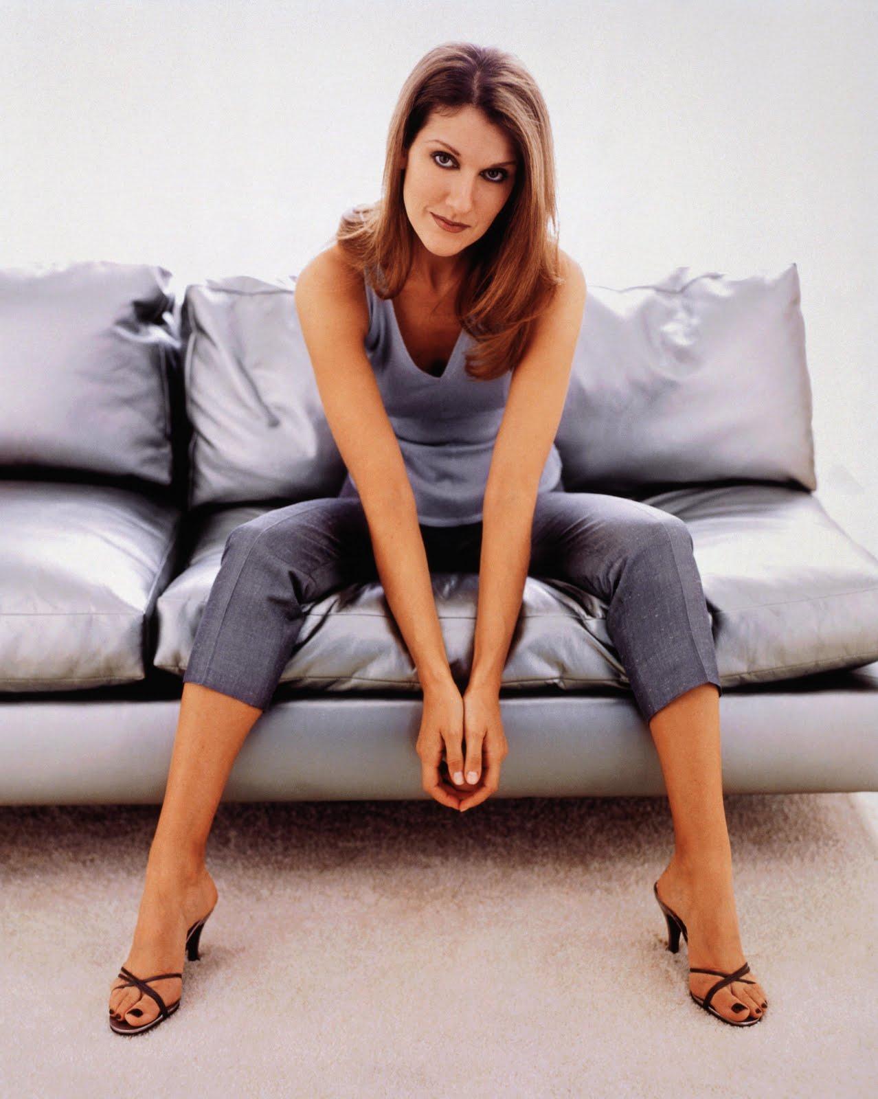 feet-pies4: Celine Dion