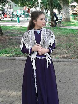 Clara Devi como a doce Bibiana