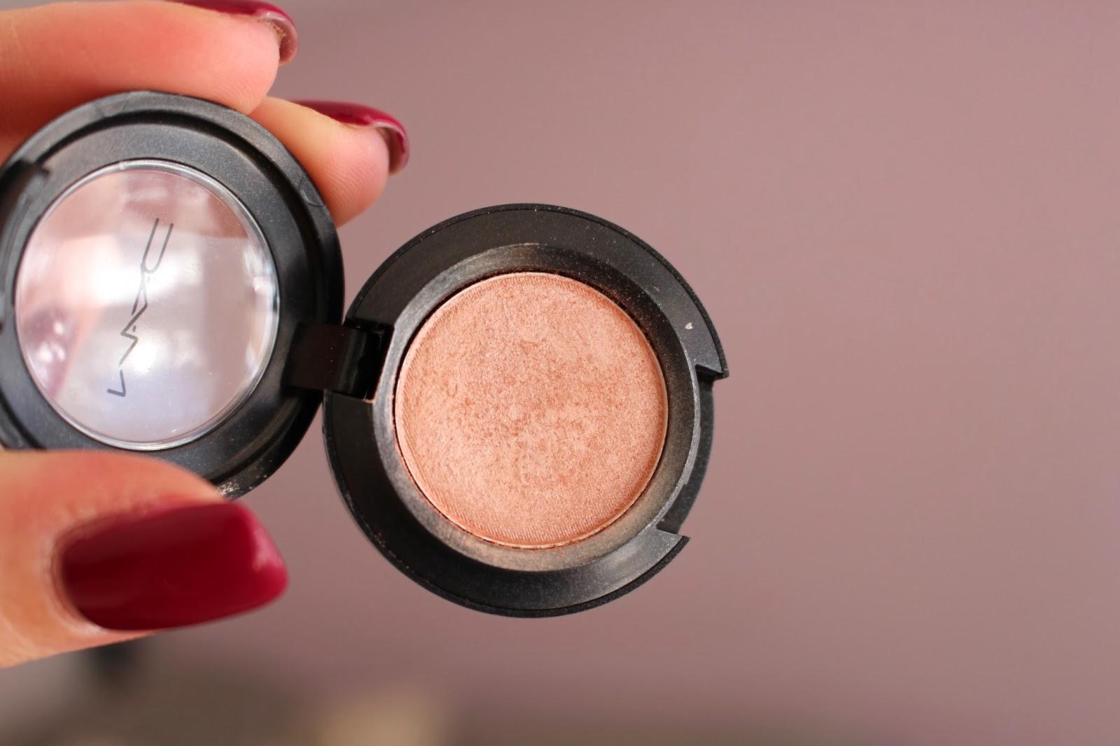 mac-eye-makeup-look-9