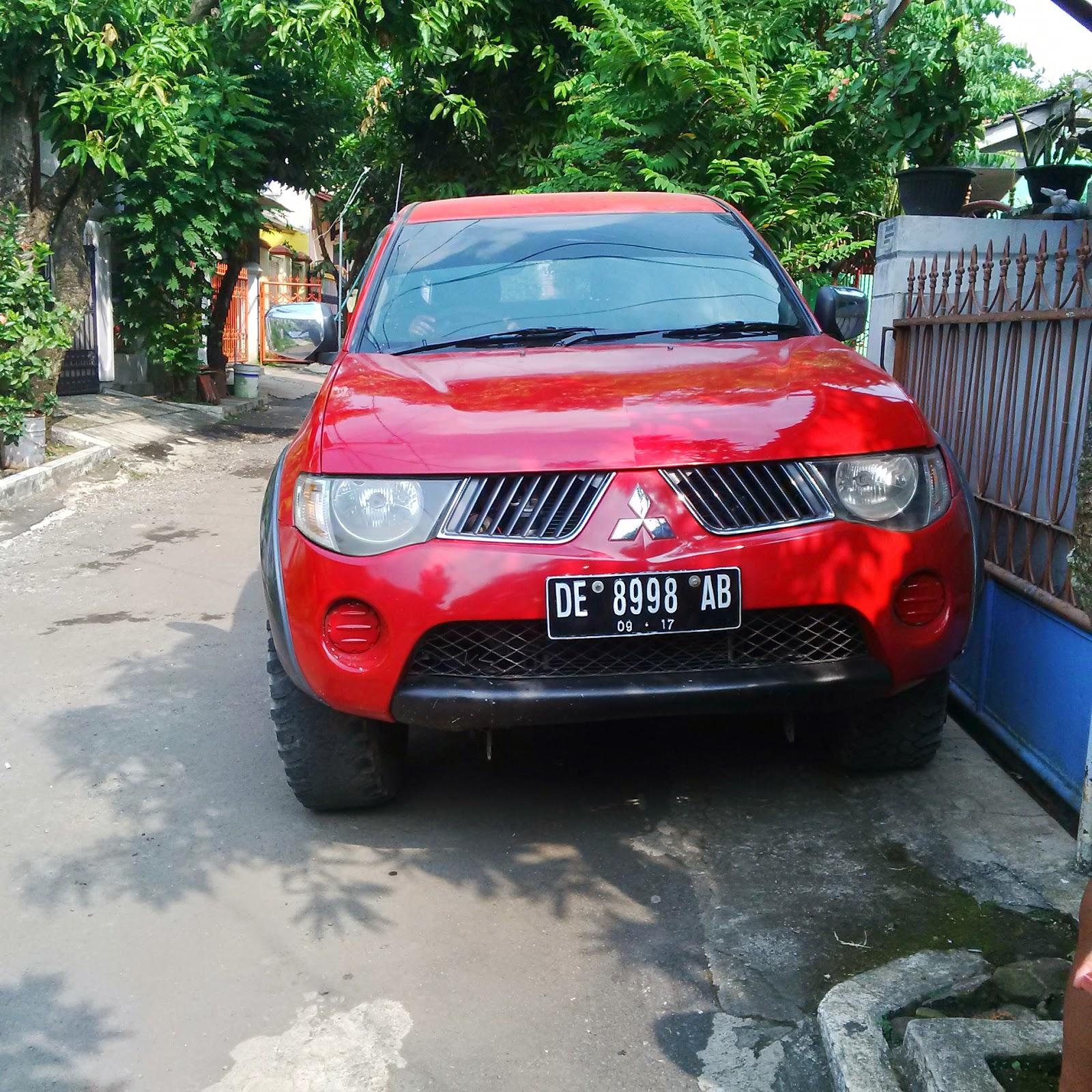 Pengiriman Mitsubishi Strada DE 8998 AB Lampung ke Makassar