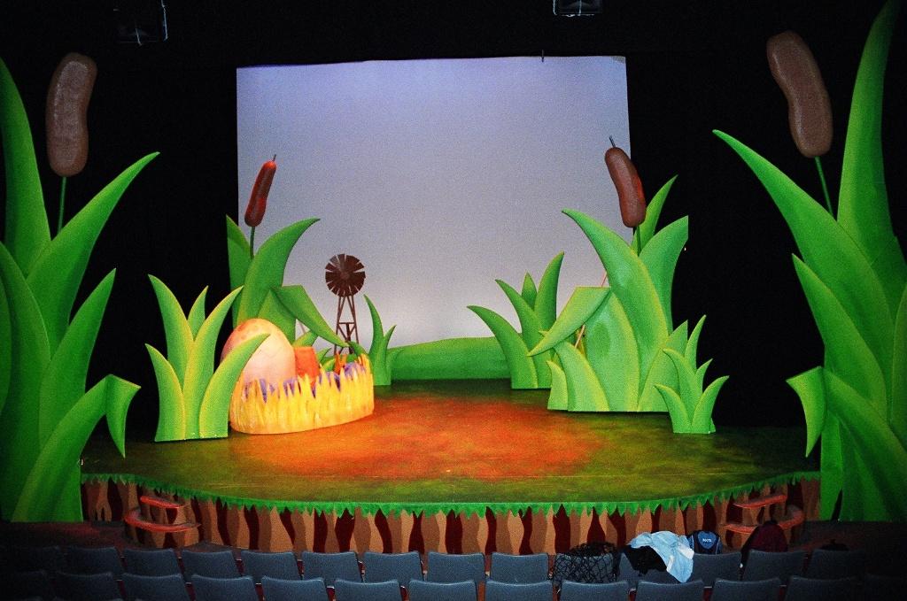 Lance Cardinal Creative Blog: HONK! The Musical - Set/Prop Design