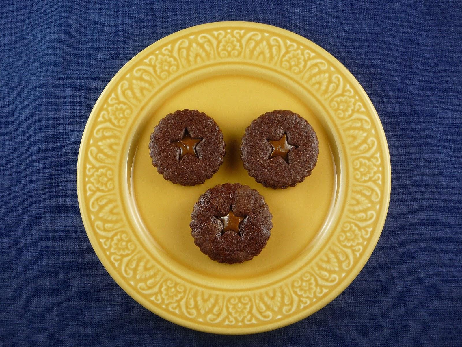 ... 12 Days of Cookies: Day the Twelfth(Dulce de Leche Sandwich Cookies