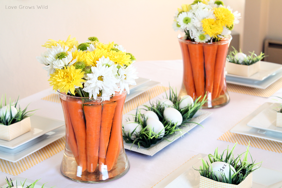 Spring inspired easter tablescape and carrot centerpiece love grows wild for Decoration de table pas cher