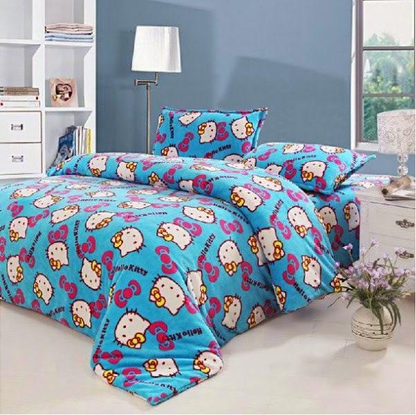 Kamar tidur anak motif hello kitty biru lucu banget