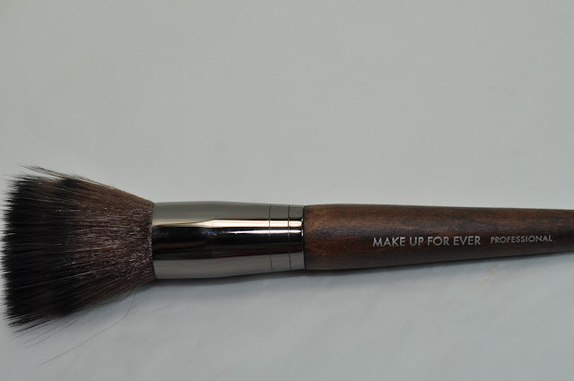 Make Up For Ever 122 brush