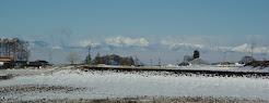 雪解けの高原