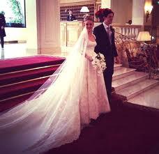 رجل ذهب الى حفل الزفاف .....فوجد شيئا عجيبا !!!!!