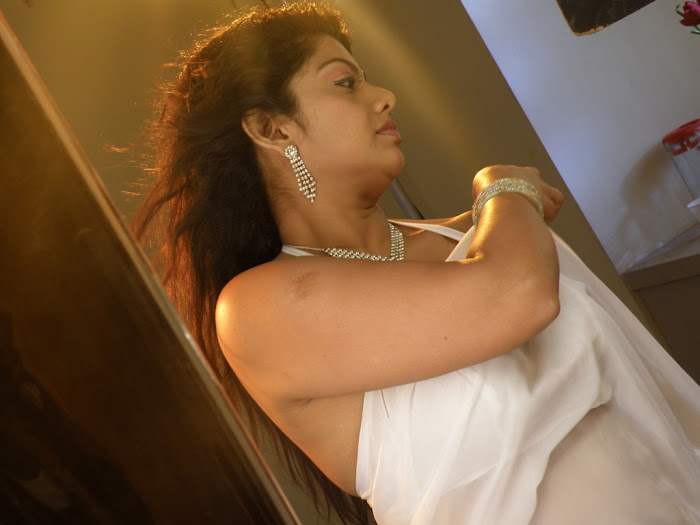 swathi varma new spicy , swathi spicy hot images