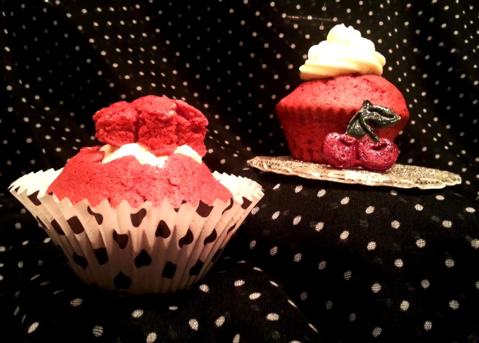 rock and owl blog she wore red velvet. Black Bedroom Furniture Sets. Home Design Ideas
