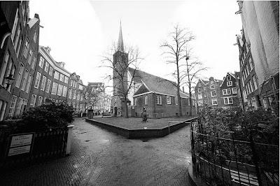 Visitare il Begjinhof di Amsterdam