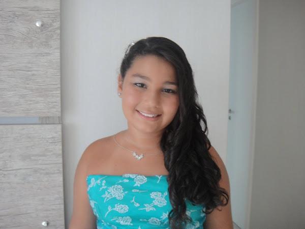 Isabelle Criança Gordinha