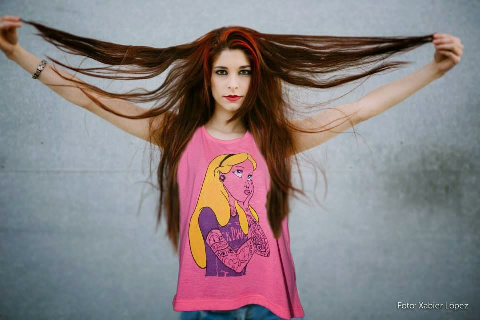 http://www.saracasanova.es/97-camisetas-personalizadas