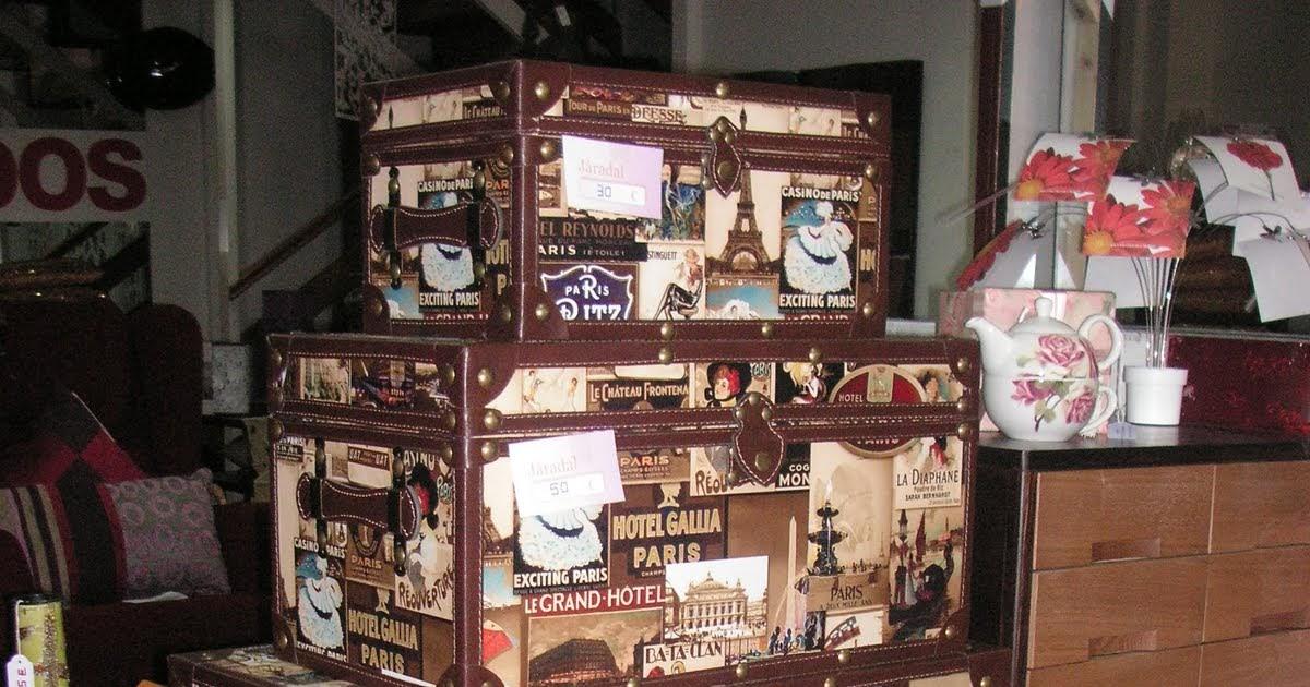 La casa de los mart nez con c de cajas cajoneras y cojines for La casa de las cajoneras