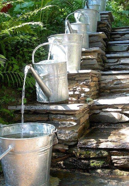 Reciclar reutilizar y reducir c mo convertir unas - Fuentes solares para jardin ...