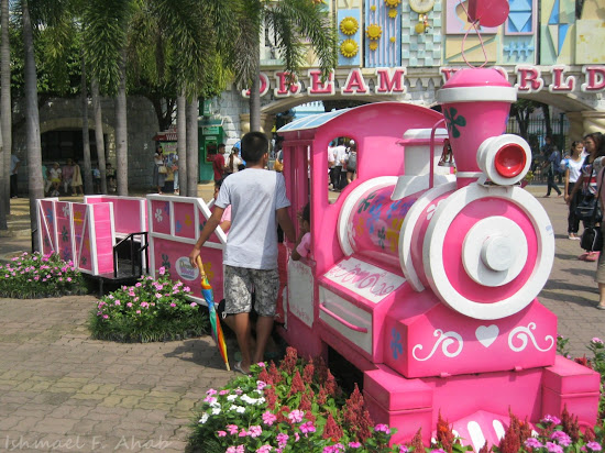Pink train at Dreamworld Bangkok
