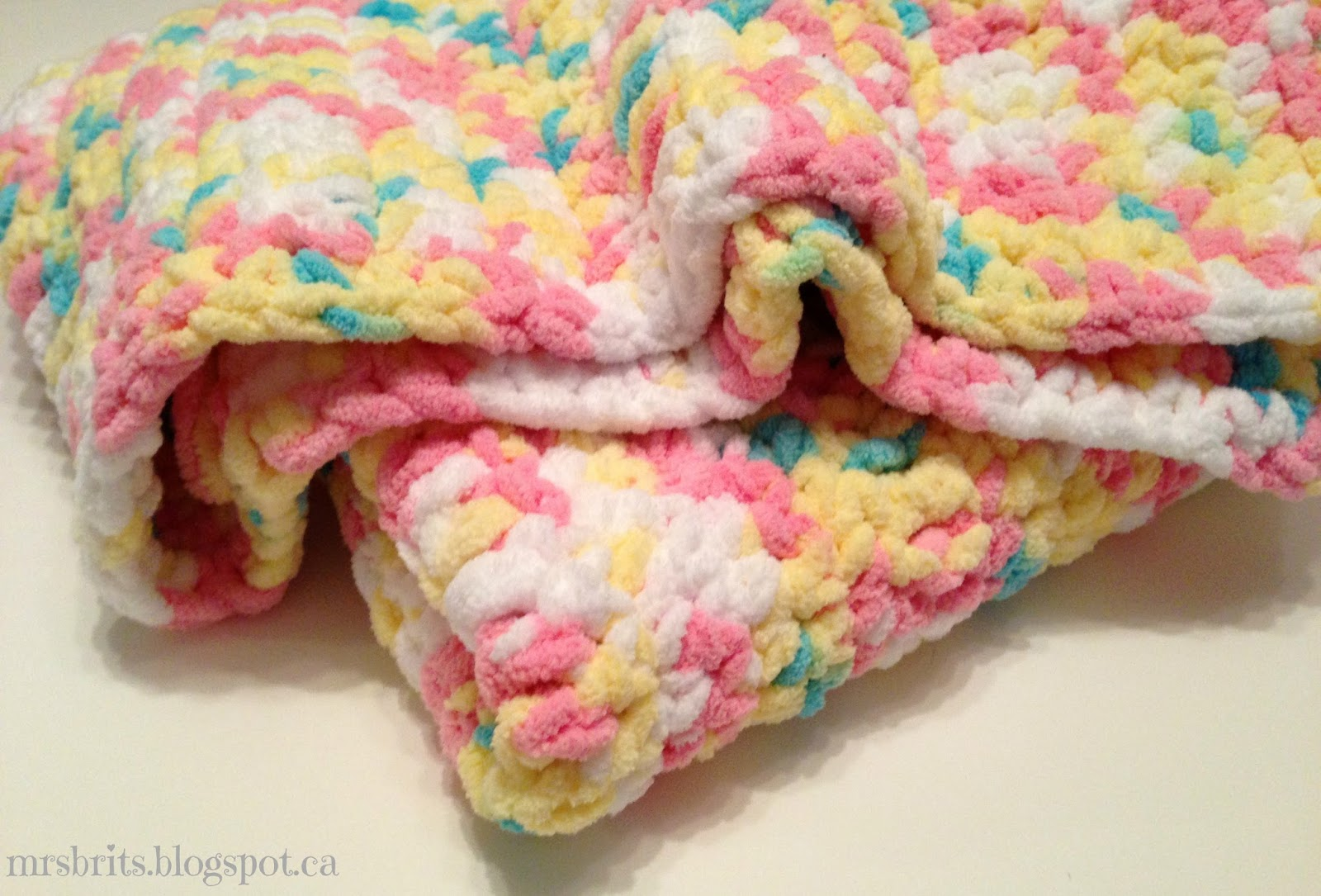 Crochet Patterns Using Bernat Blanket Yarn : MrsBrits: Sweet and Chunky Baby Afghan {Crochet Pattern}