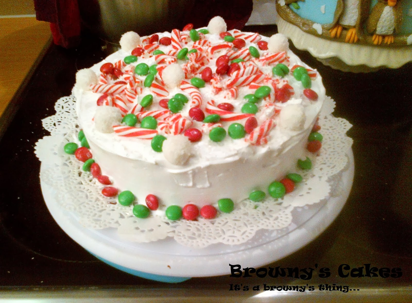 How to icing and decorate a Christmas cake (easy way ...