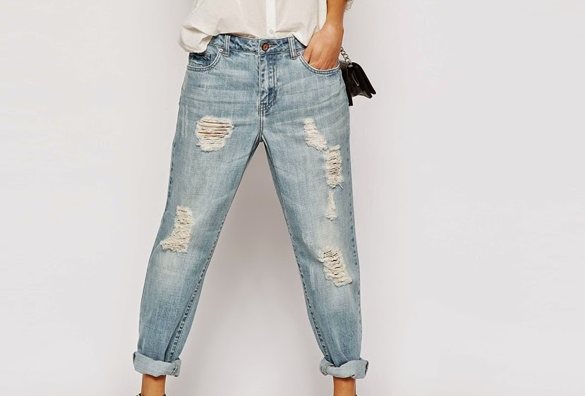 wardrobe essentials, basics, boyfriend jeans, trend
