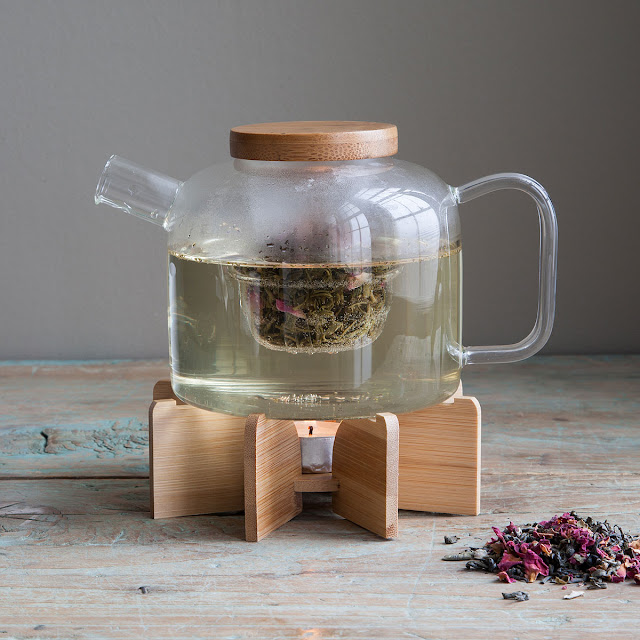 http://www.uncommongoods.com/product/glass-teapot-with-stand