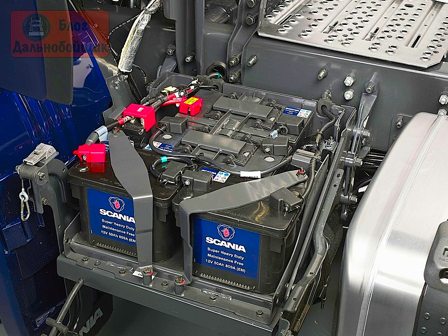 Ящик для аккумуляторов на грузовик своими руками