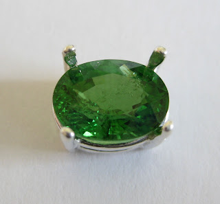 tsavorite gem in 8x6 prong setting