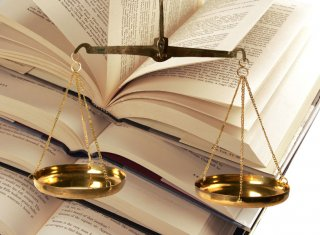 Law Subjects that Indian Lawyers study in LL.B. Degree