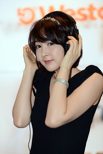 3 Lee Ga Na at FOHM 2013 - very cute asian girl - girlcute4u.blogspot.com