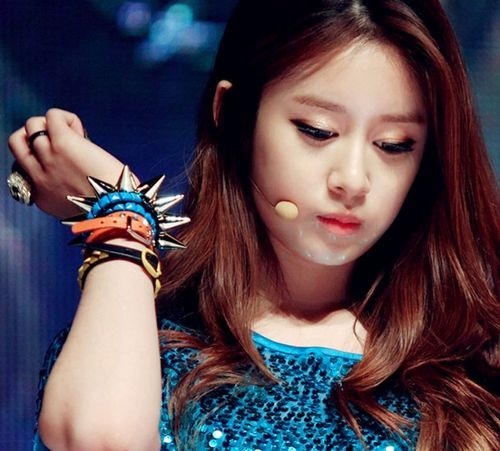 Pretty Park Jiyeon T-ARA Picture December 2012