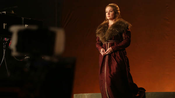 Reign - Season 2 - Set Photos