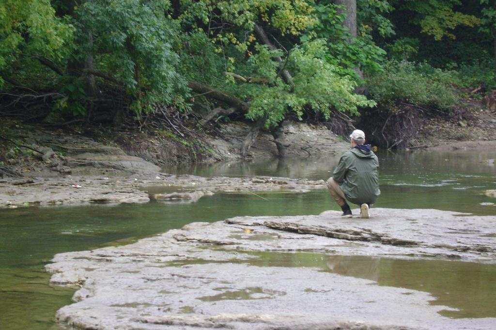 Lunker hunt sensible shoes and spooky illinois trout for Trout fishing illinois