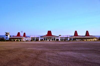 Bandara Tambolaka, Sumba Barat Daya, NTT. ZonaAero