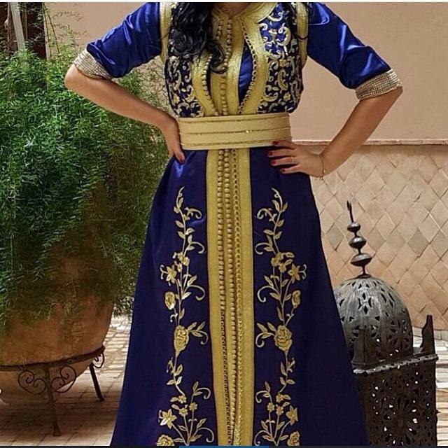 caftan marocain luxe vendre sur mesure pas cher caftan marocain boutique 2018 vente caftan. Black Bedroom Furniture Sets. Home Design Ideas