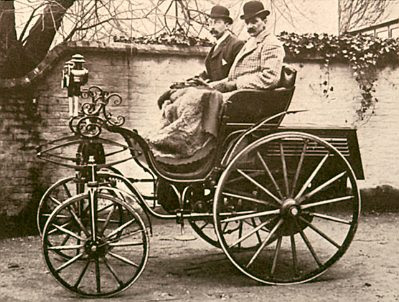 1895 Klutzmann horseless carriage