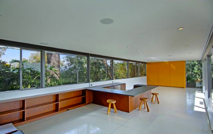 The Formal Living Room Includes Walls Of Windows And Course A Sunken Bar Area For Entertaining During Those Tail Hours Late 50s Early 60s