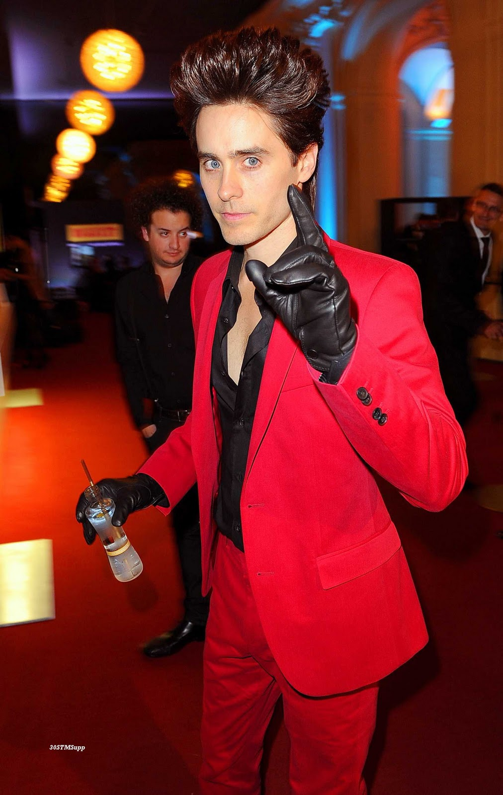 Mens leather gloves gq - New Photos Jared Leto Gq Awards