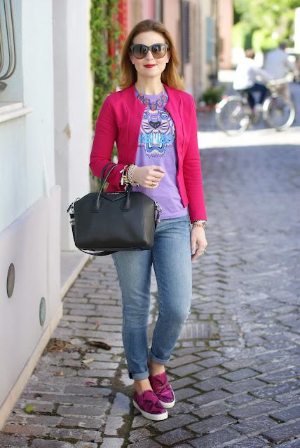 Kenzo tiger t-shirt, Givenchy Antigona bag, Roberto Botticelli slip on, Fashion and Cookies, fashion blogger