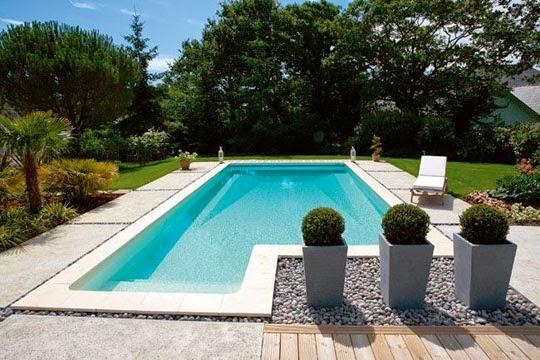 Autour de la piscine nc for Au coin de la piscine le gardeur