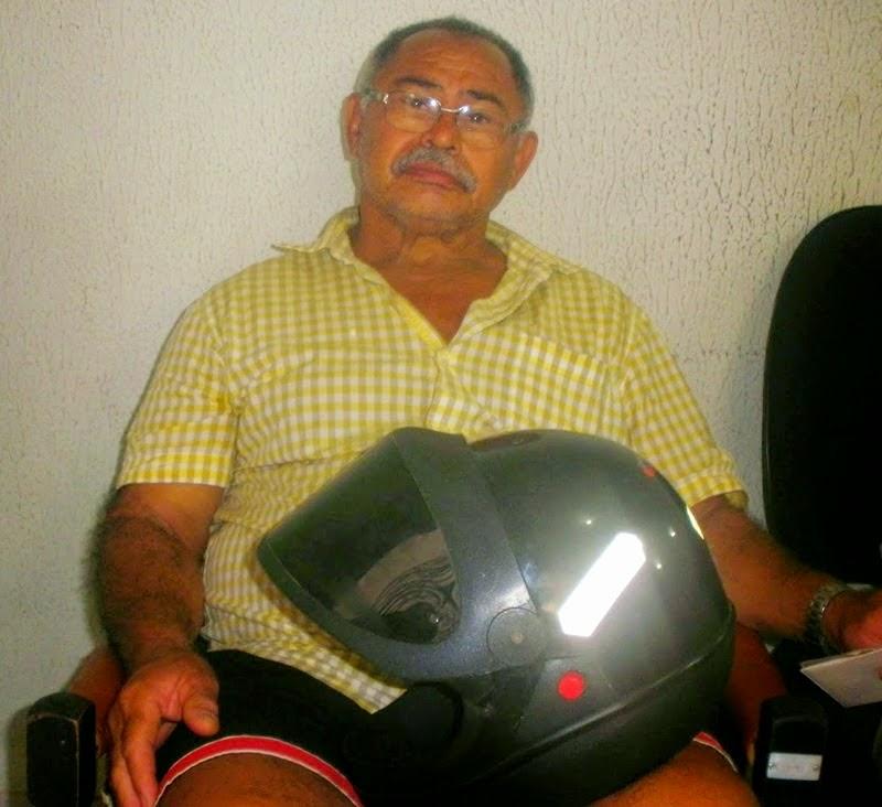 Pires Ferreira - Agricultor teve motocicleta furtada no interior  do município.