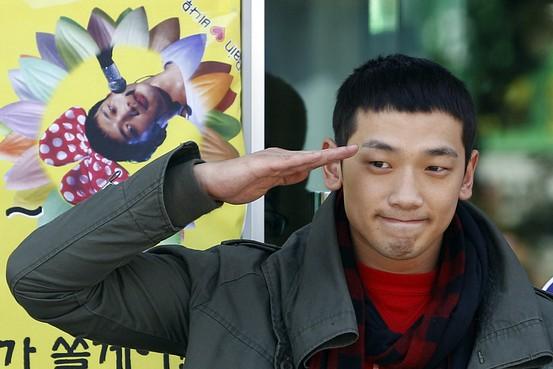 Порно мальчик с армии фото 505-489