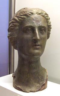 Cabeza femenina romana de Azaila s. I d.C