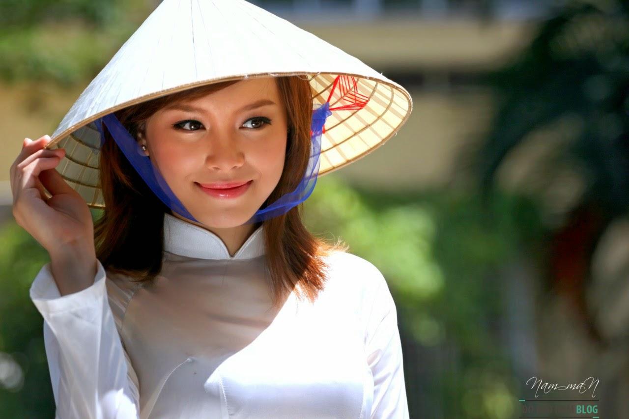 Girl xinh áo dài Việt Nam truyền thống