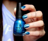 BLUE TWINKLE NAILS